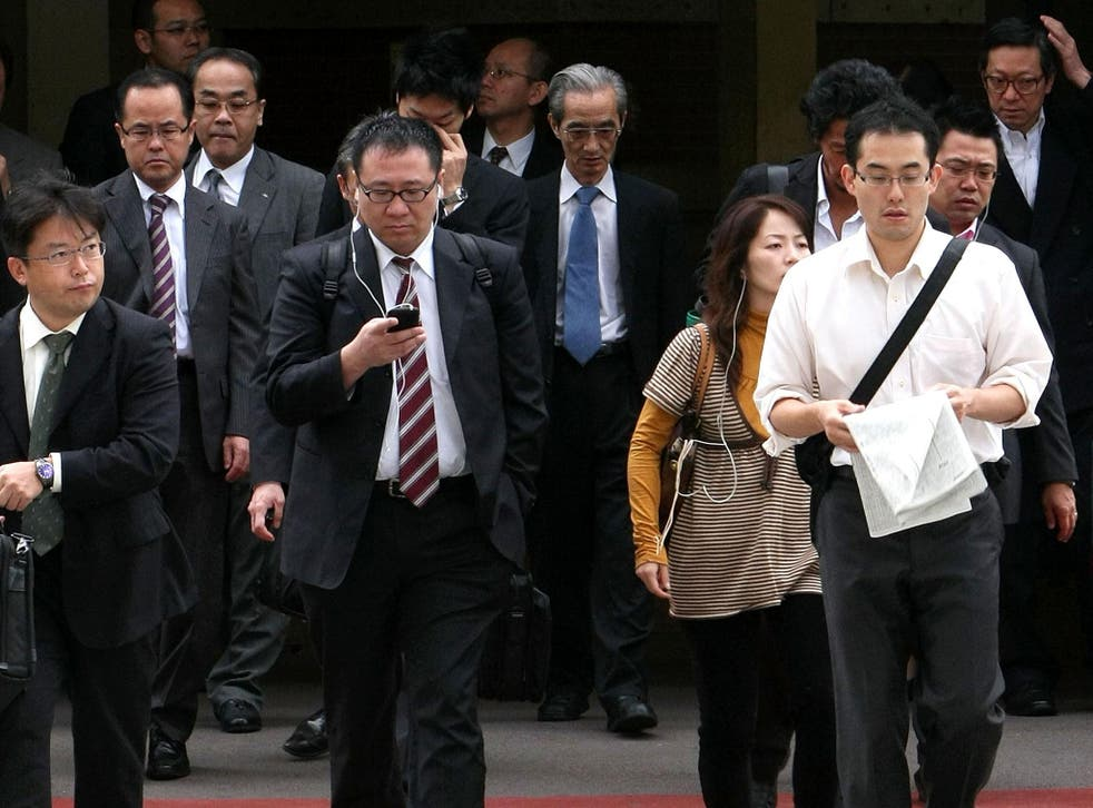 The institute says number of single Japanese people will likely rise