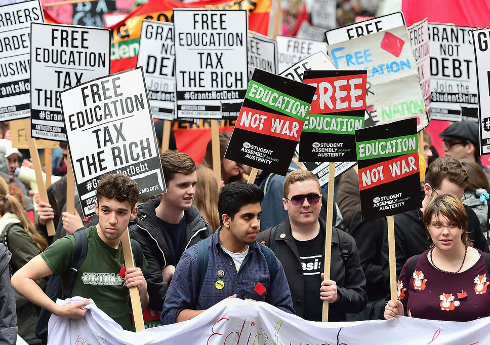925a4be56f Students call for the abolition of tuition fees and an end to student debt  at a