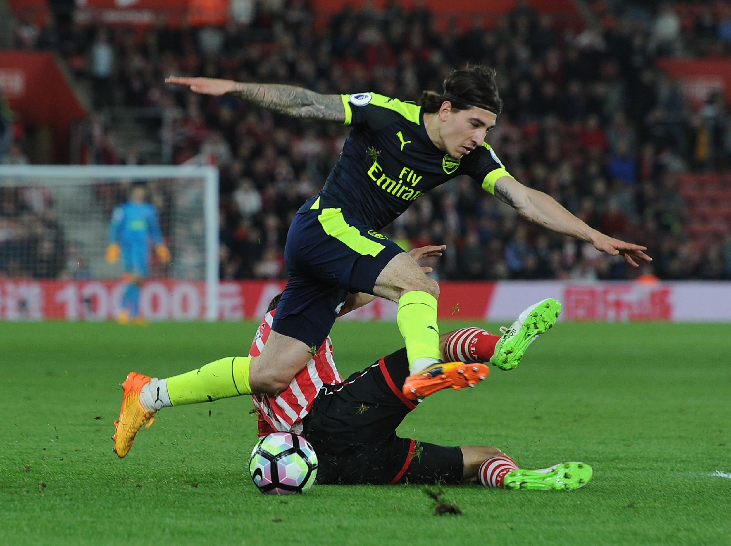 Arsenal manager Arsene Wenger insists Hector Bellerin is ready to cover for Alex Oxlade-Chamberlain