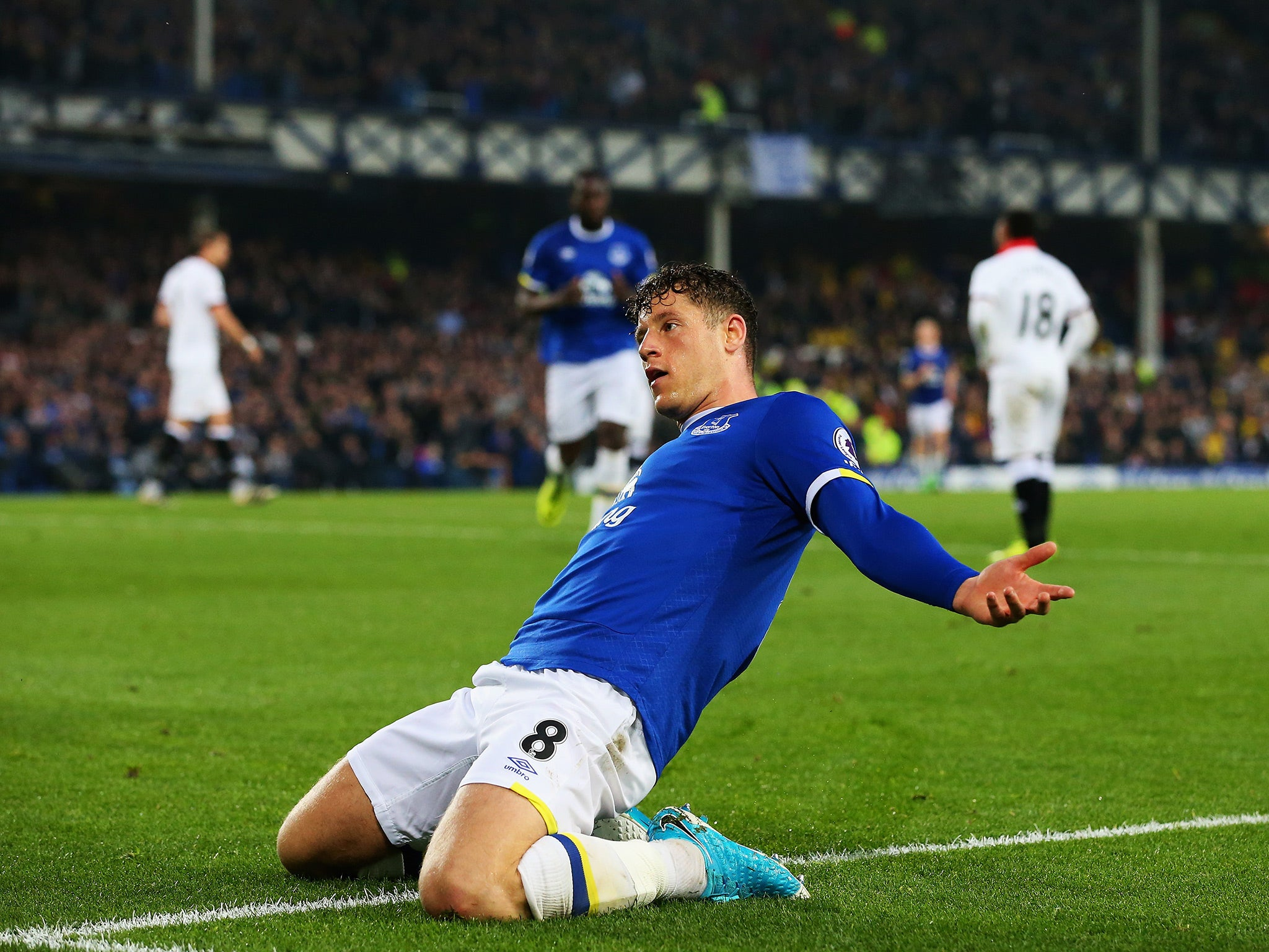 Ross Barkley gives Everton fans and Ronald Koeman reminder of what they would miss with winner against Watford