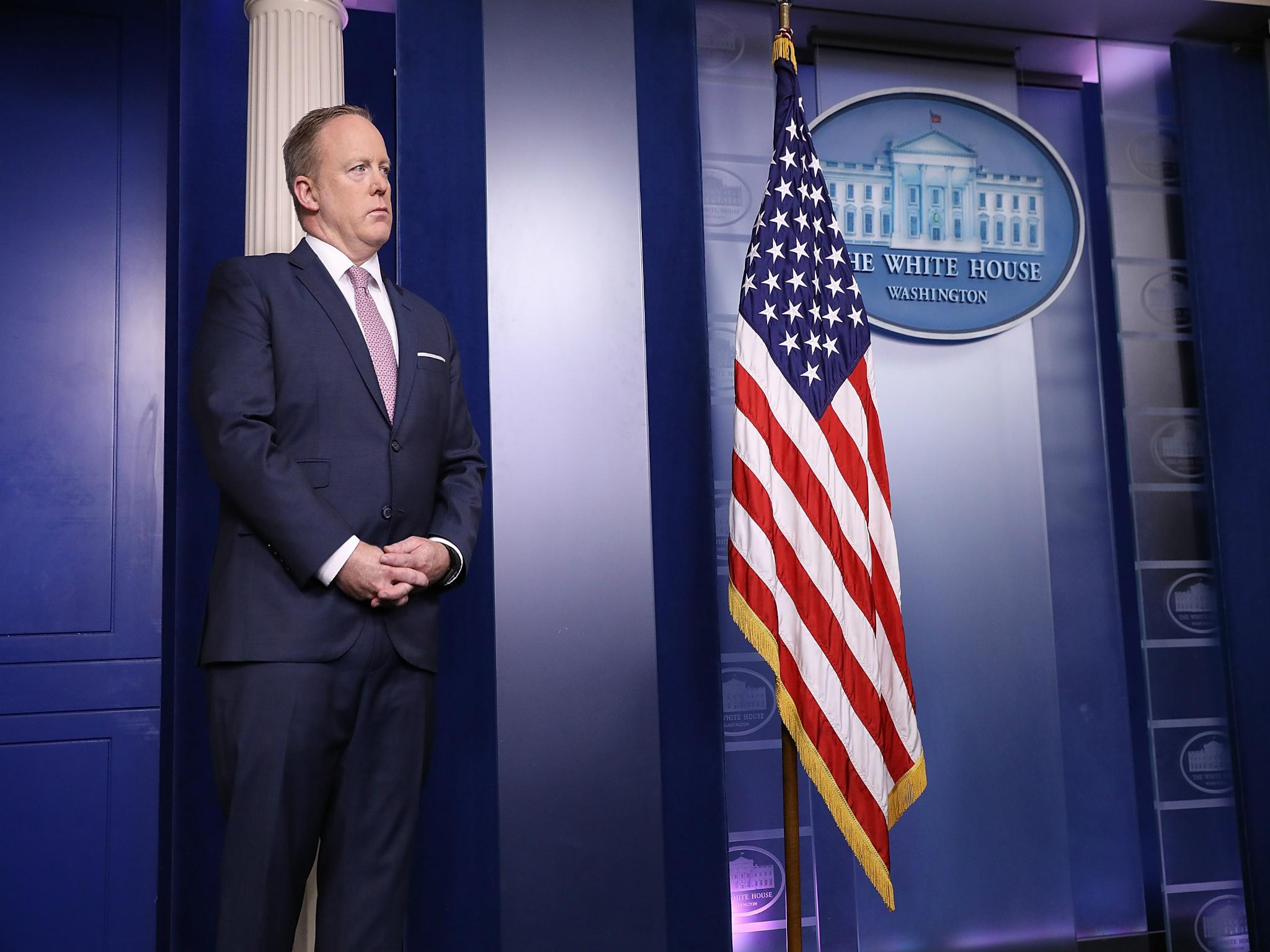 spicer dating Is marla maples dating a trump critic email when sean spicer introduced himself to the world by claiming that trump's inauguration had drawn the largest.