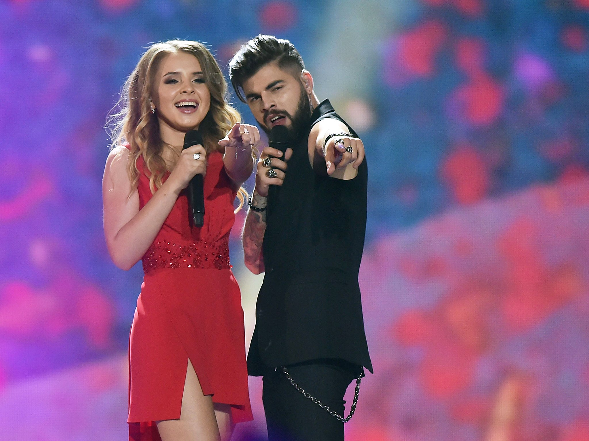 Eurovision 2017: Croatia's entry does a duet with himself