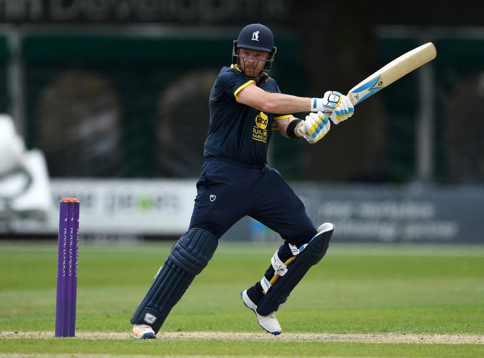 Ian Bell led the way for Warwickshire