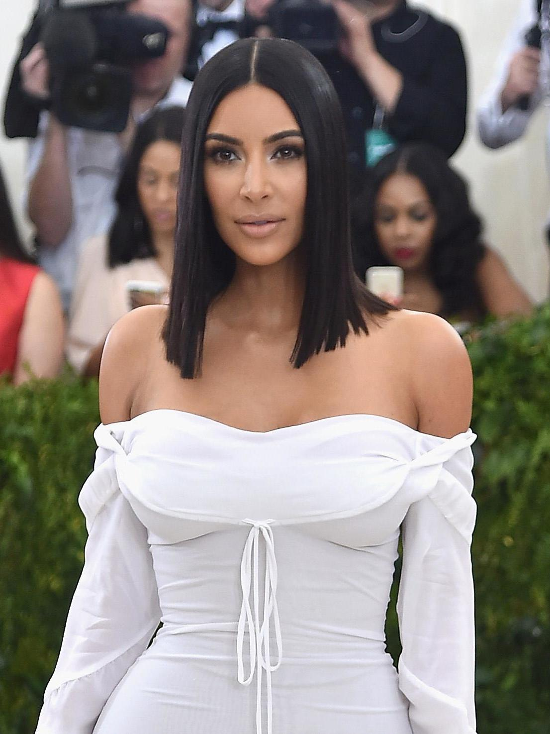 Kim Kardashian Tells All About Her 4M Ring Stolen atGunpoint Kim Kardashian Tells All About Her 4M Ring Stolen atGunpoint new images