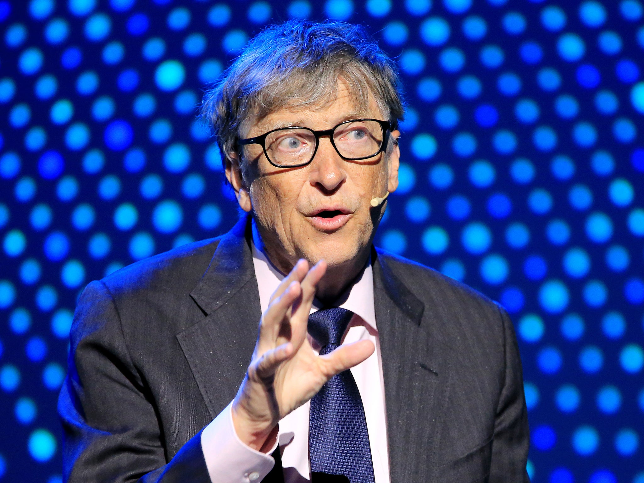 Bill Gates reveals his 'one big regret' in advice tweetstorm for recent university graduates