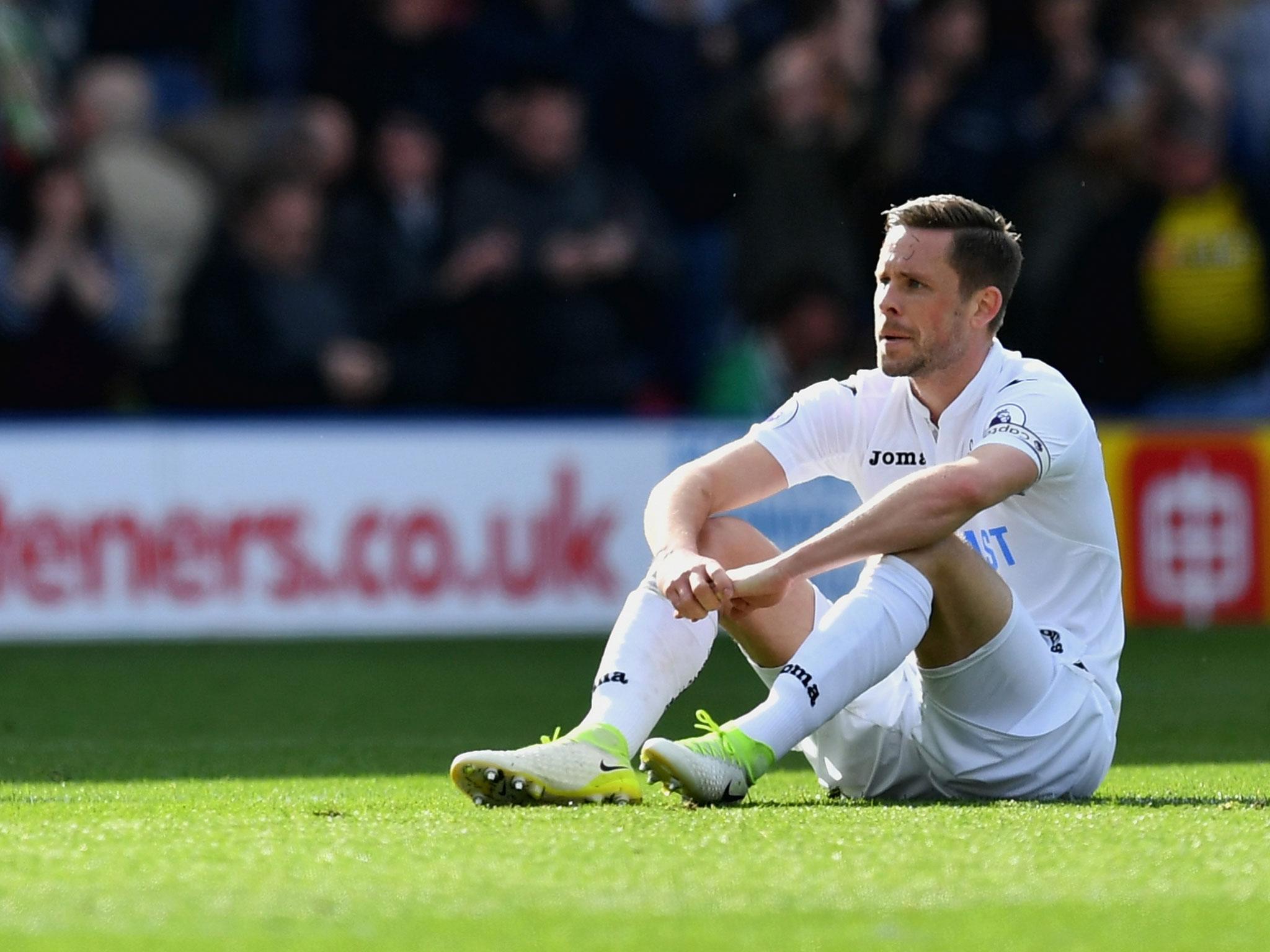 Swansea turn down fresh bid from Everton for Gylfi Sigurdsson as