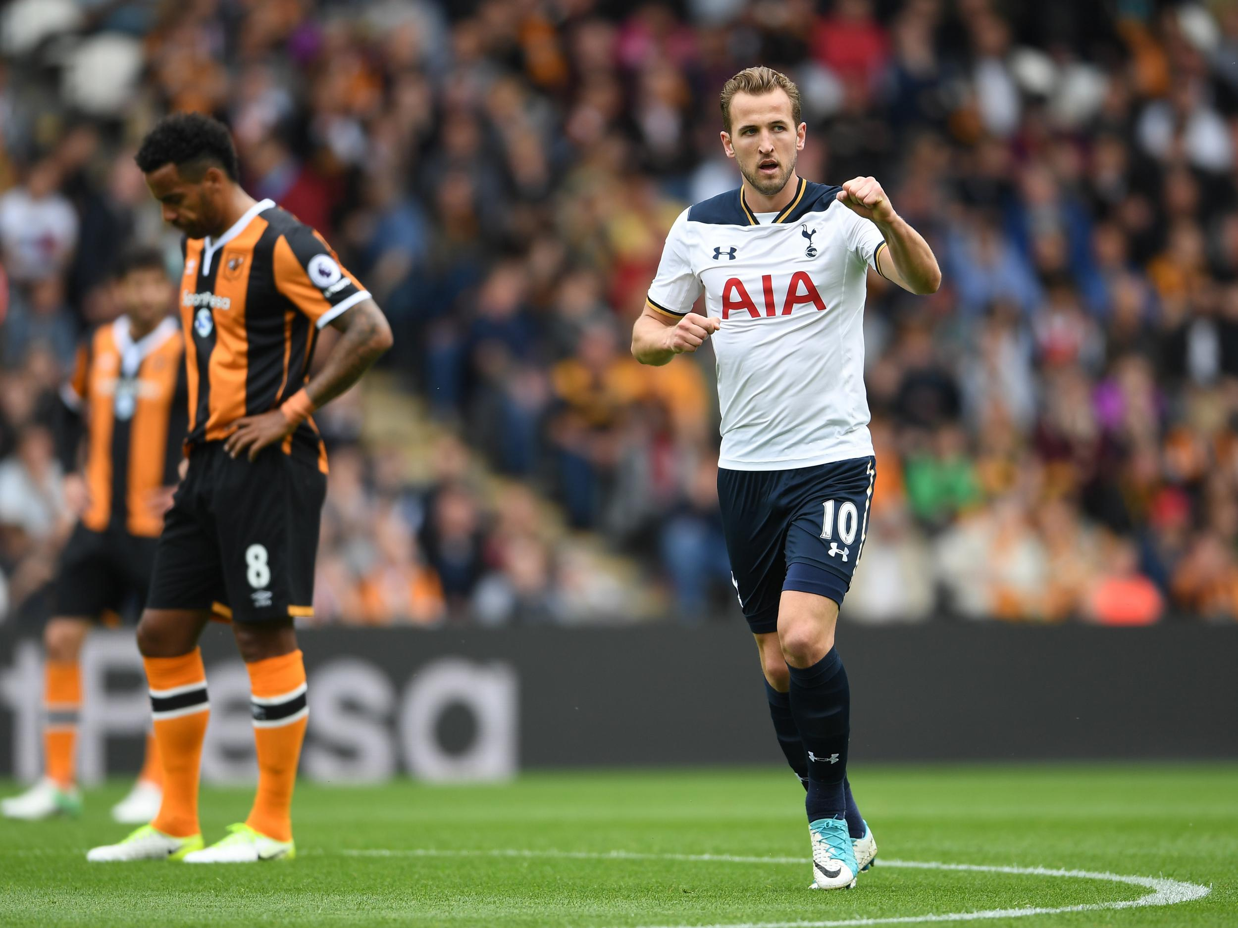 Tottenham striker Harry Kane wins the Premier League's Golden Boot for the second season in a row