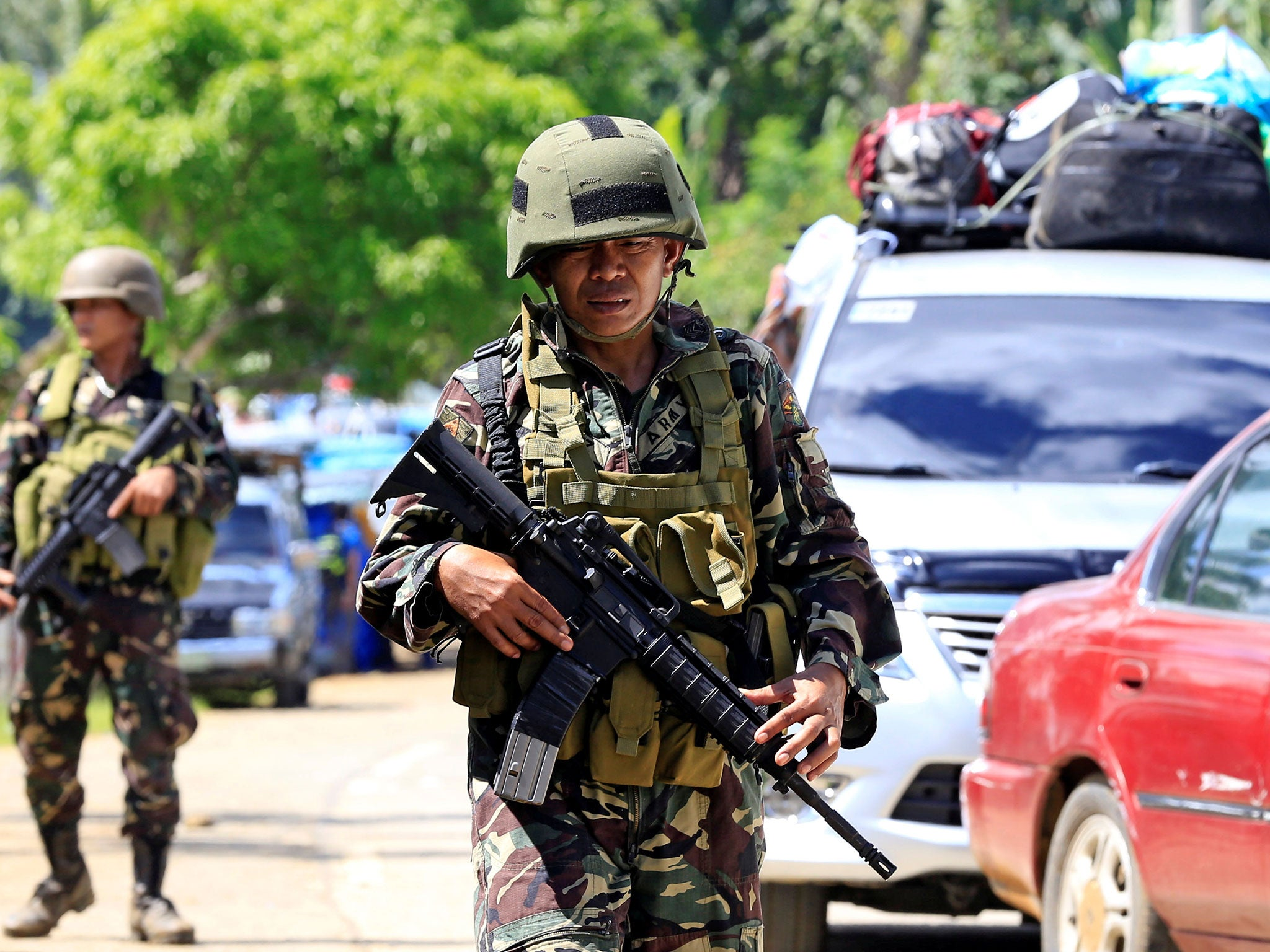 Martial law declared in Southern Philippines, ISIS-linked Islamists take priest and churchgoers hostage, beheading civilians