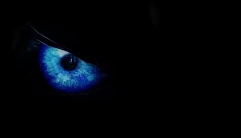 Game Of Thrones Season 7 The Nights King Eyes Jon Snow In Latest