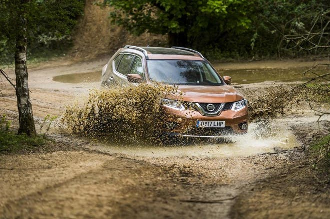 Review nissan x trail 20 dci 177 4wd n vision the independent it with a manual gearbox and four wheel drive although you can have a cvt transmission called xtronic should you so desire its the only choice for fandeluxe Gallery