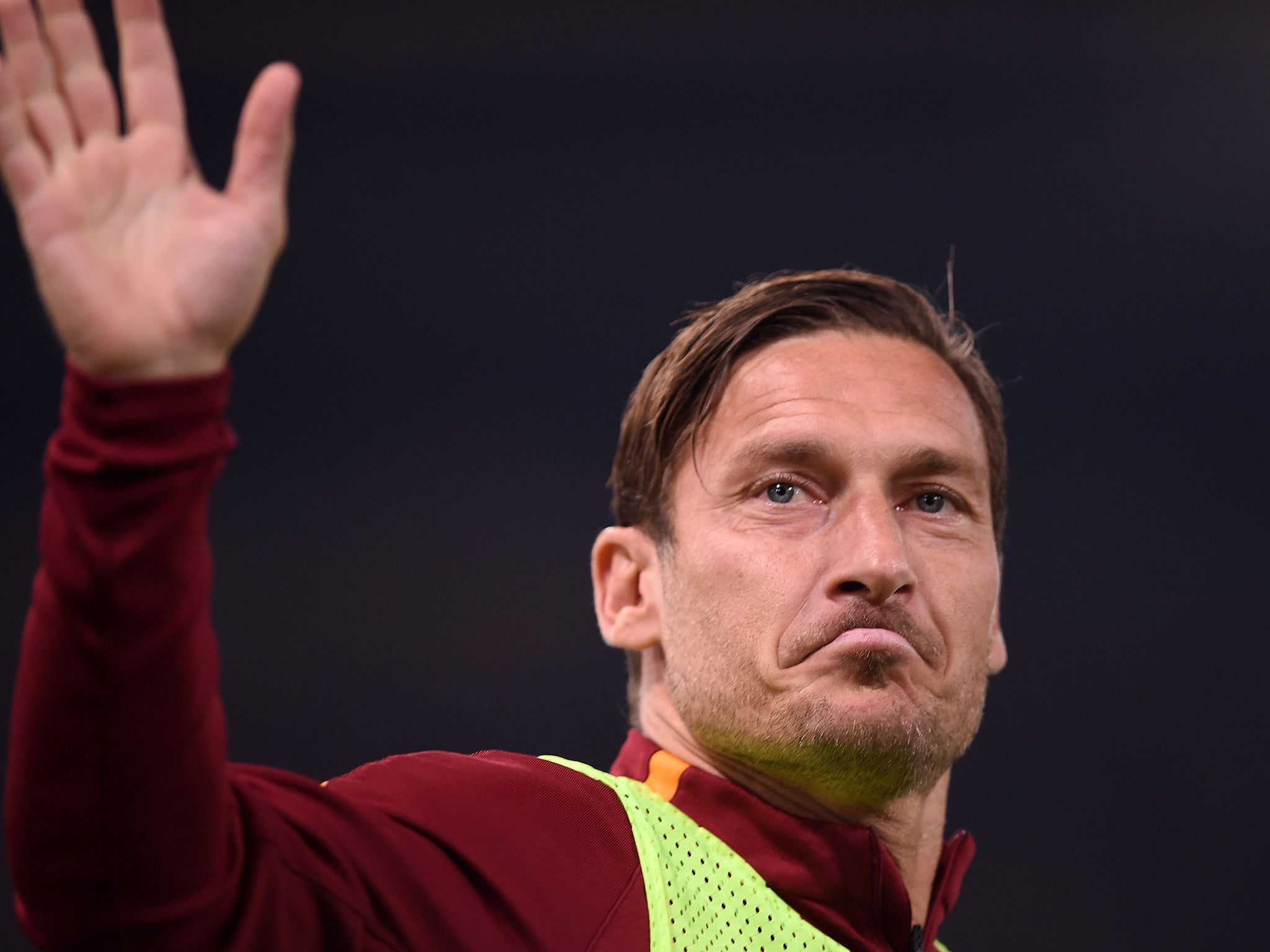 Francesco Totti announces retirement and will play last game for