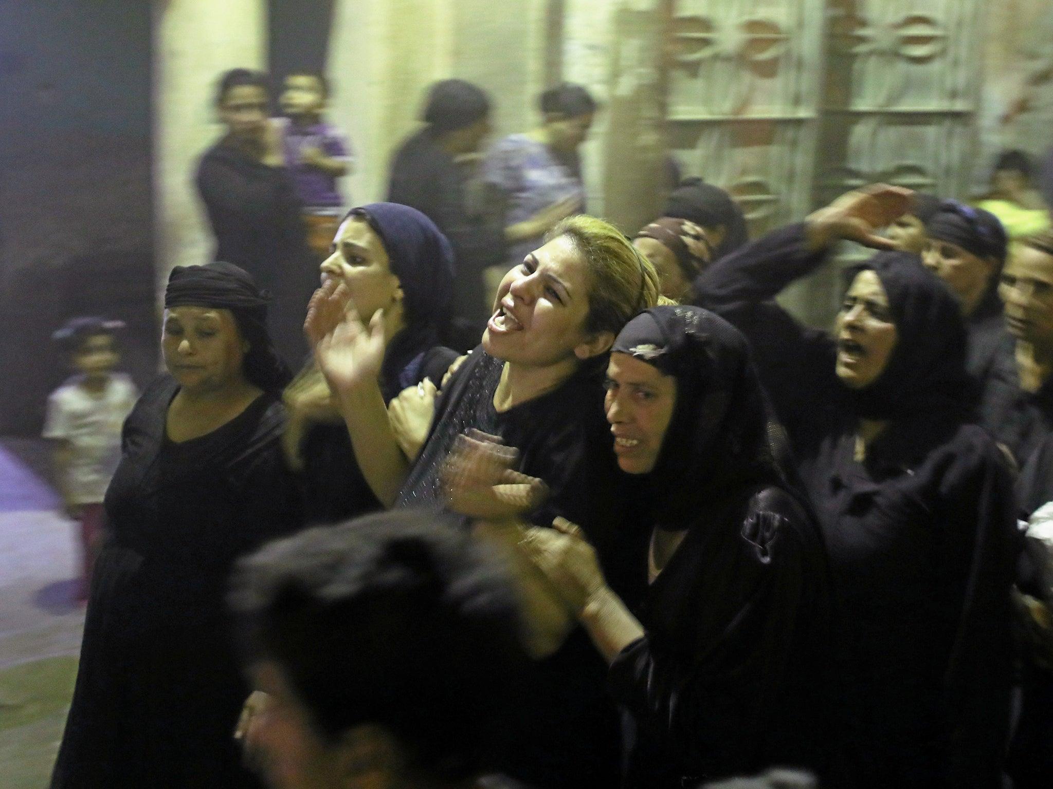 Minya bus shooting: Pope Francis calls Coptic Christians