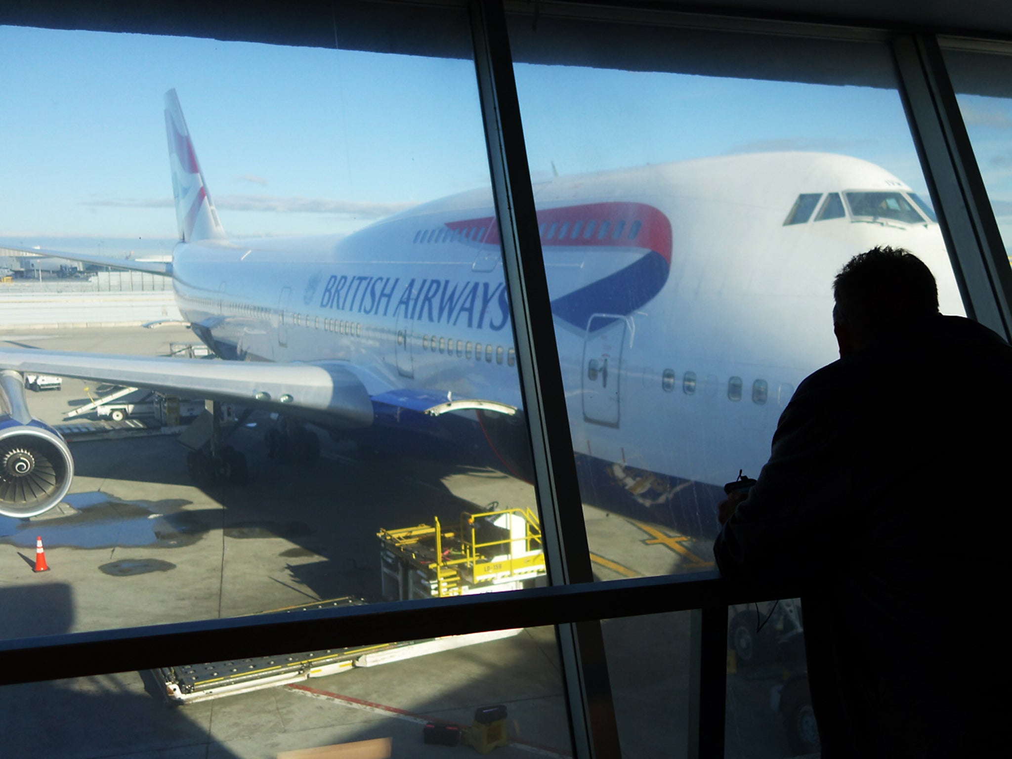 British Airways tells angry passengers to leave airports