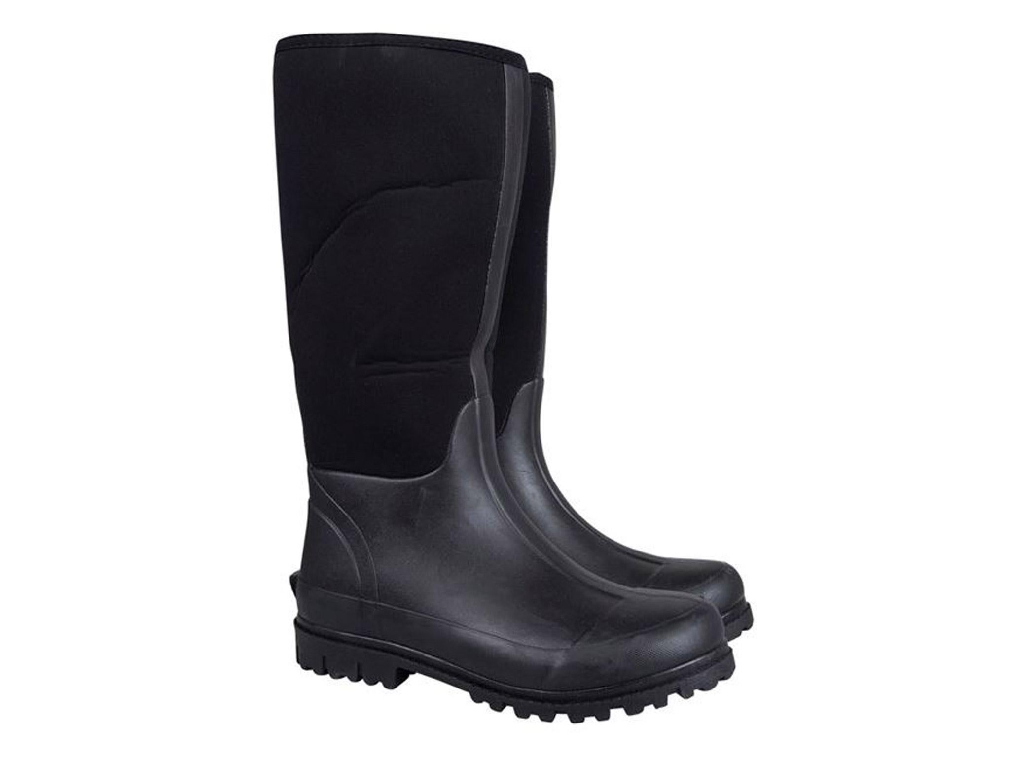 Muck boots dating services