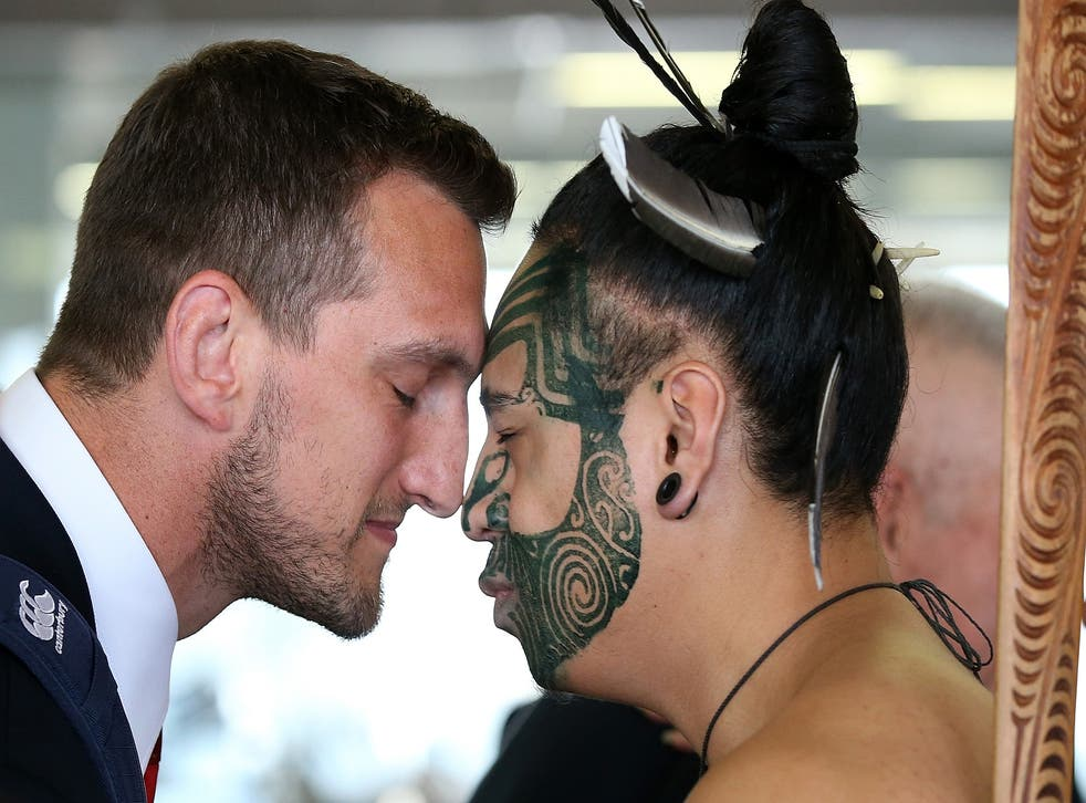 Sam Warburton experienced a traditional Hongi welcome as the Lions arrived in Auckland