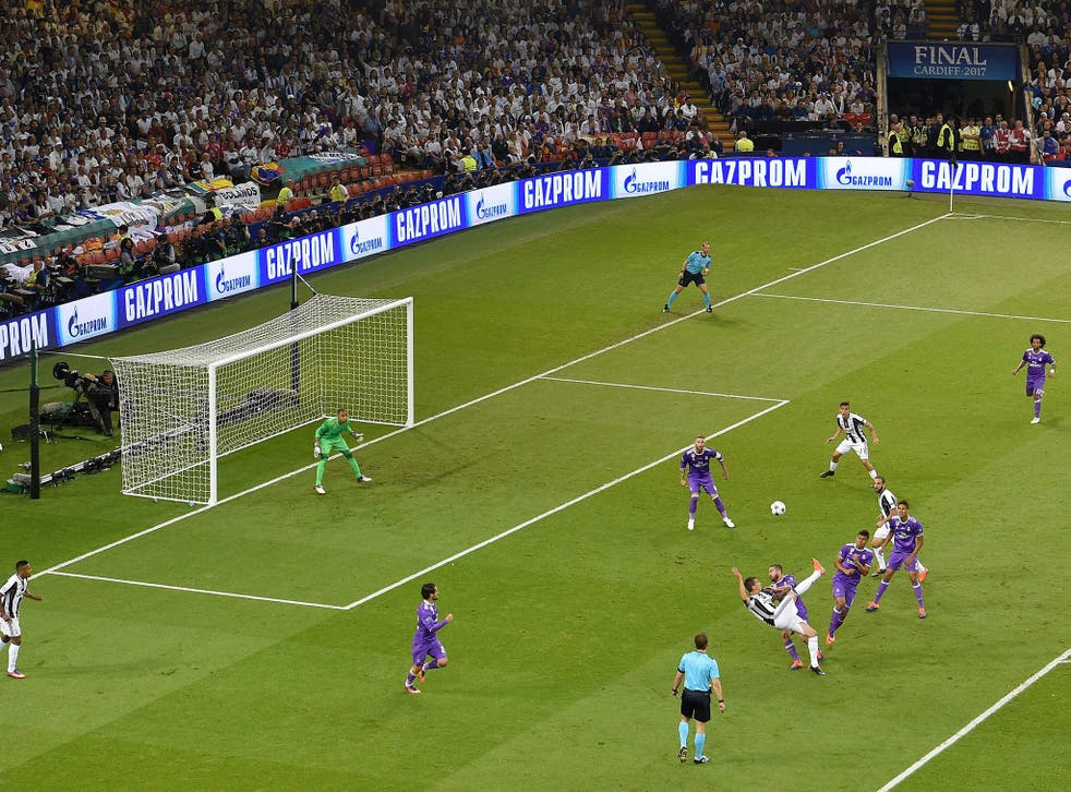 Mario Mandzukic scored an outstanding goal for Juventus