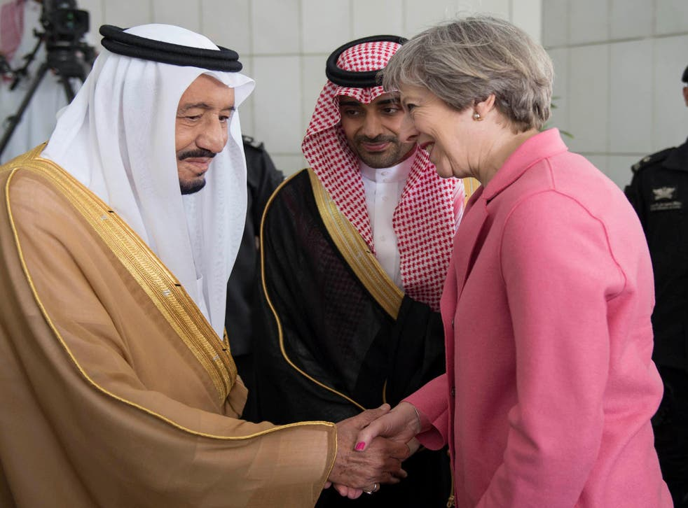 Theresa May meets King Salman bin Abdulaziz Al Saud during her visit to Riyadh in April