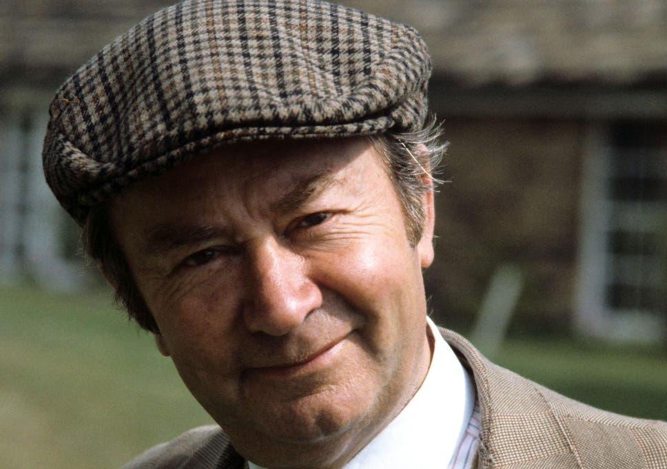 cf101e0396c Peter Sallis dead  Last of the Summer Wine actor who found fame in latter  years as Wallace and Gromit voiceover