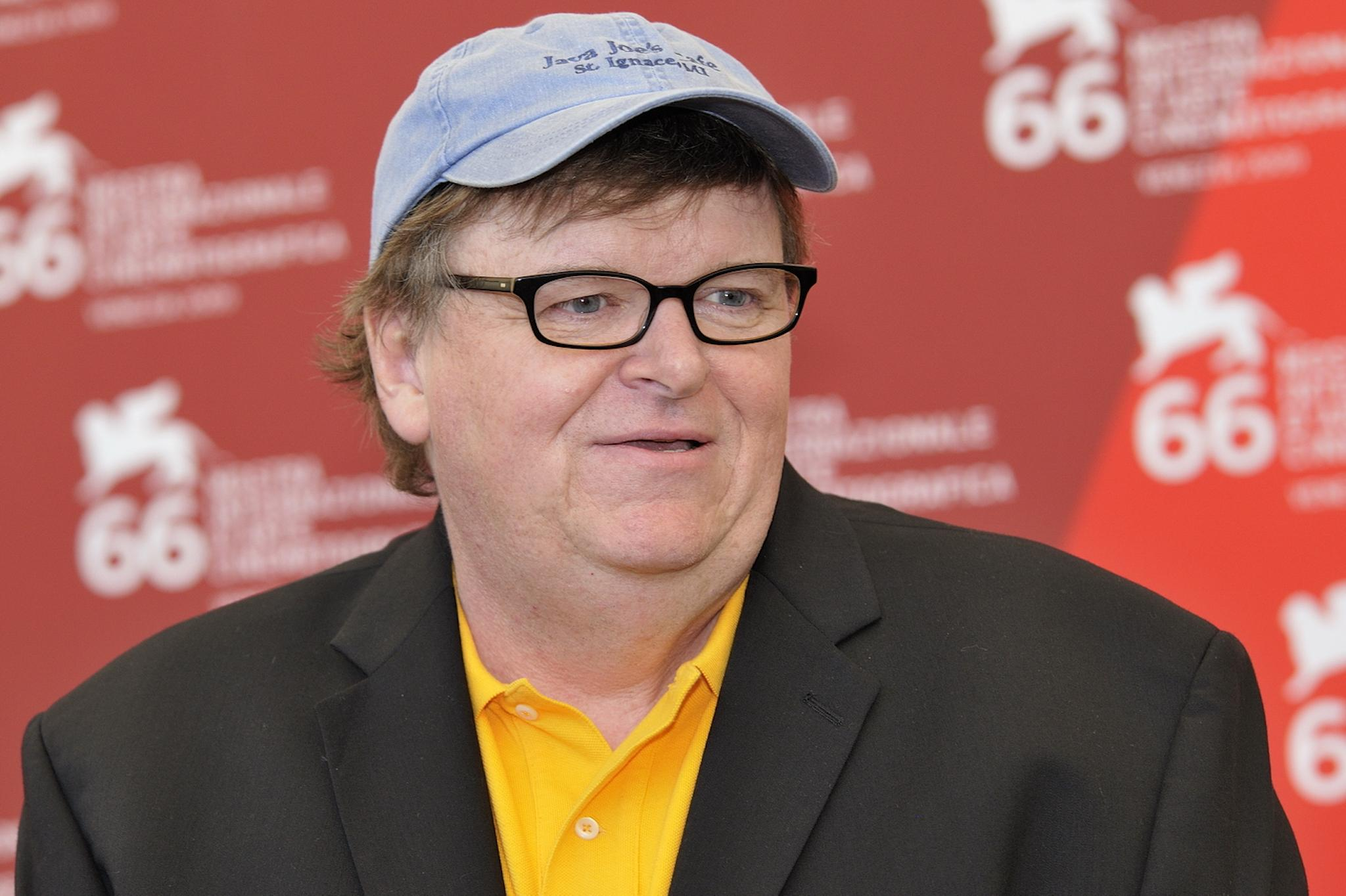 Michael Moore Launches Website 'trumpileaks' For Whistleblowers Inside The  Trump Administration  The Independent