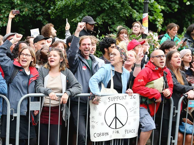 Corbyn supporters await the Labour leader in Islington ahead of 2017's general election