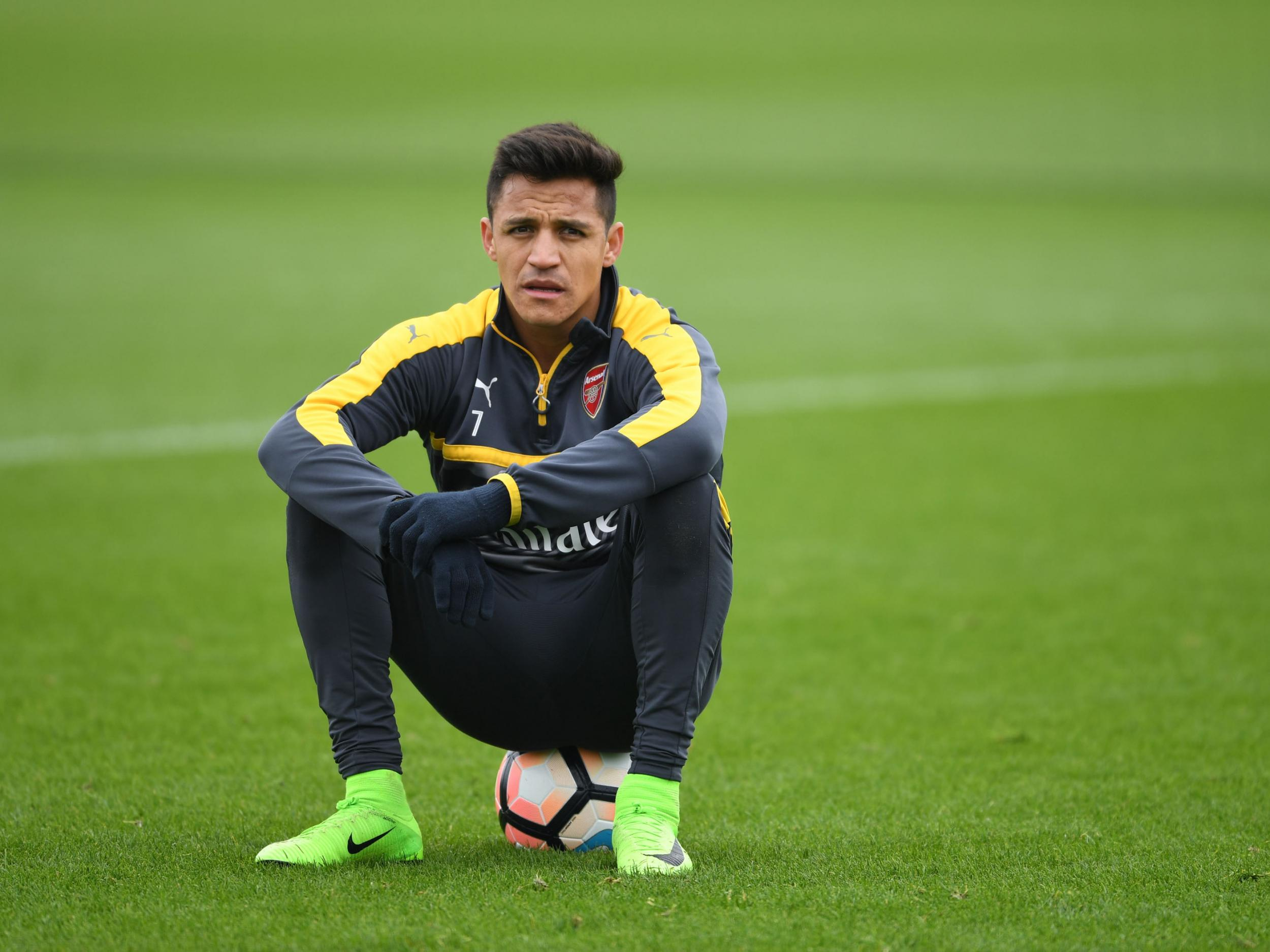 Arsenal should pay Alexis Sanchez whatever it takes to stop him joining Manchester City, says Ray Parlour