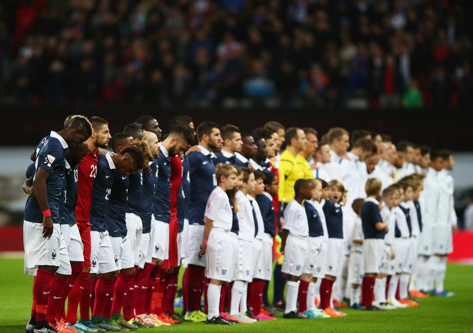 France supporters praised for singing along to God Save the Queen
