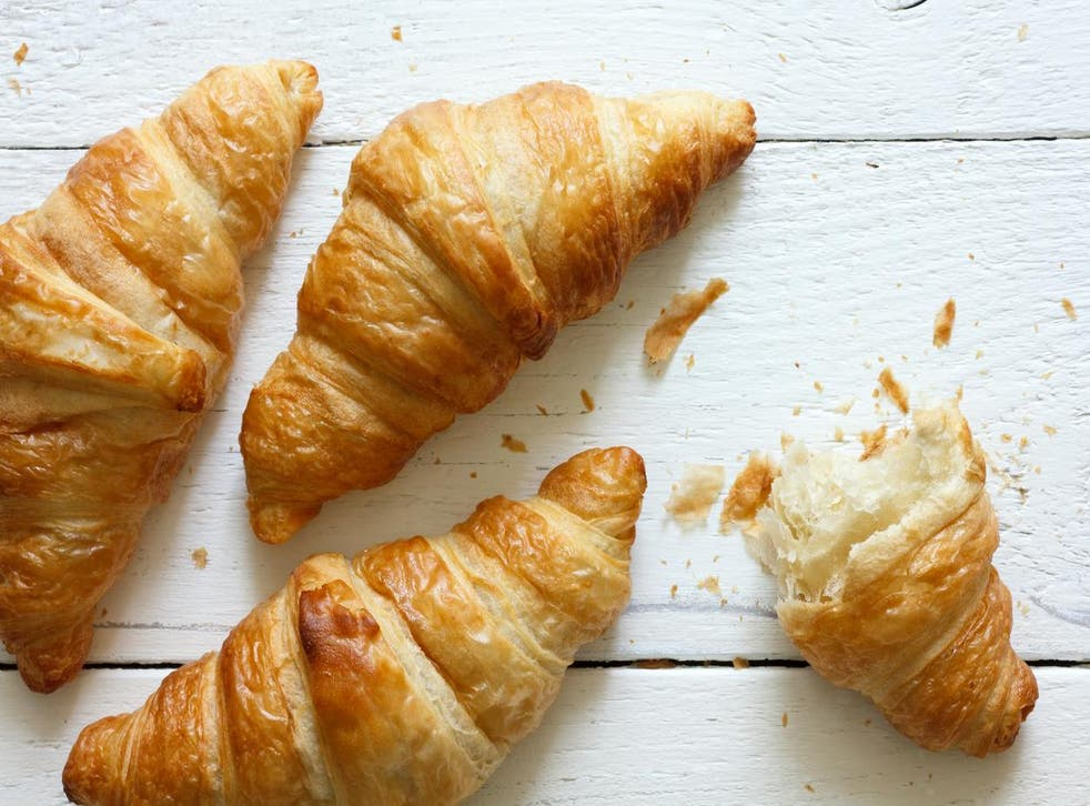 <p>Judging by the experience of one Krakow resident, croissants share a lot of similarities with iguanas.</p>