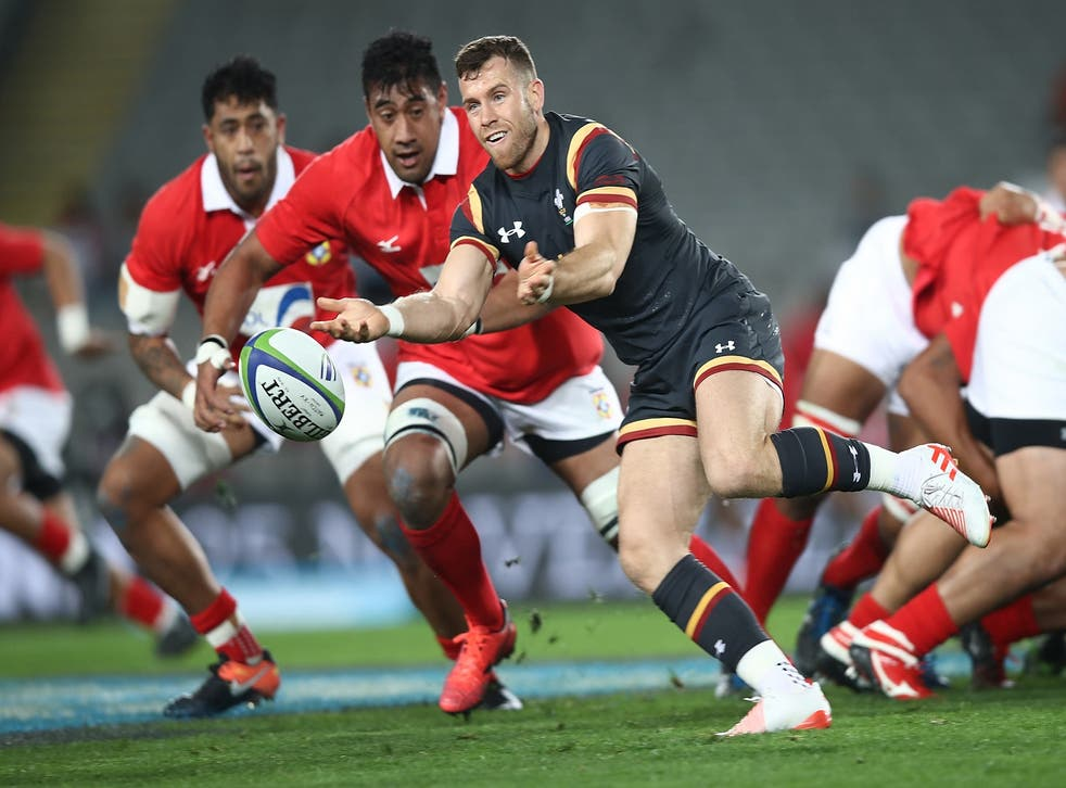 Gareth Davies is one of four new call-ups to the Lions from the Wales squad