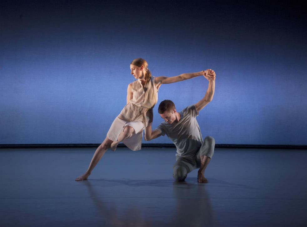 Elly Braund and Liam Riddick in Richard Alston's 'Chacony'