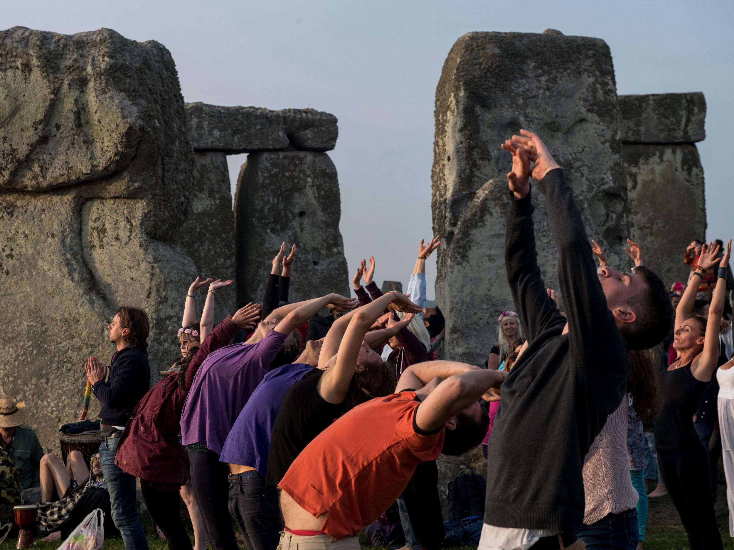 Thousands Gather At Stonehenge To Witness Sun Rising On Solstice