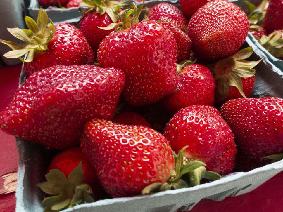 Police issue public safety warning after 100kg of strawberries it is expected that strawberry prices will rise as eu migrant workers leave because of brexit fandeluxe Images