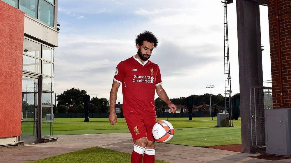 8e90f97c0c2 Mohamed Salah  Liverpool complete £34.3m signing of winger on five ...