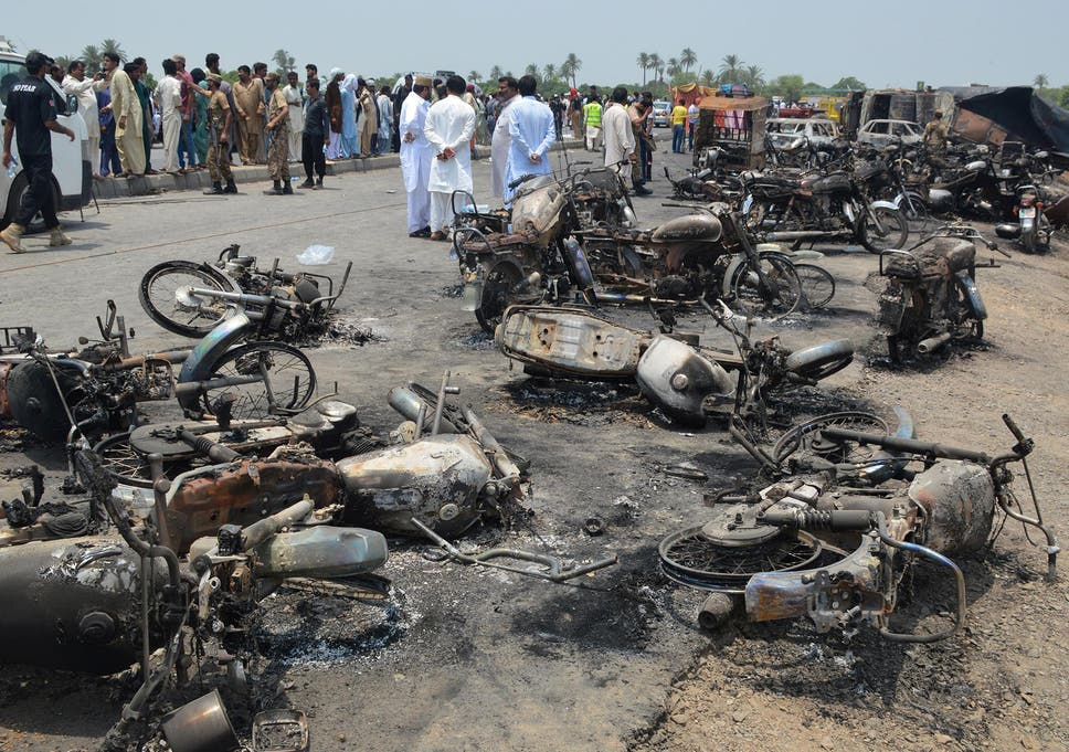 Pakistan oil tanker crash kills more than 120 people in