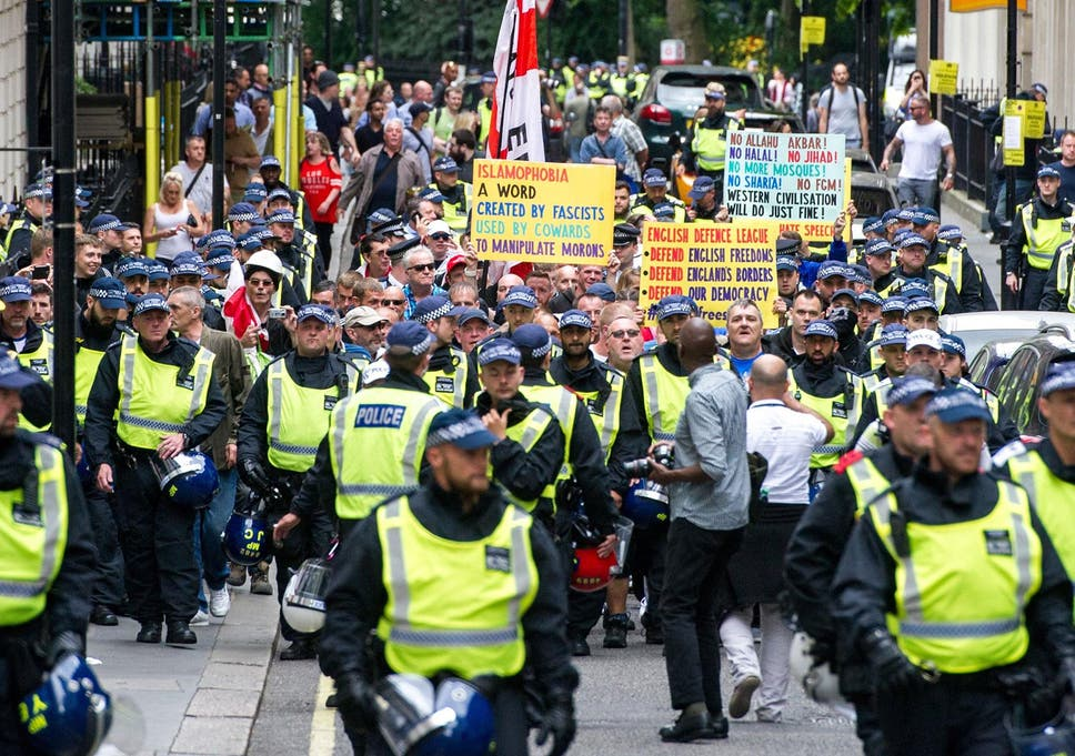 Edl And Anti Fascists Clash With Police In London The Independent
