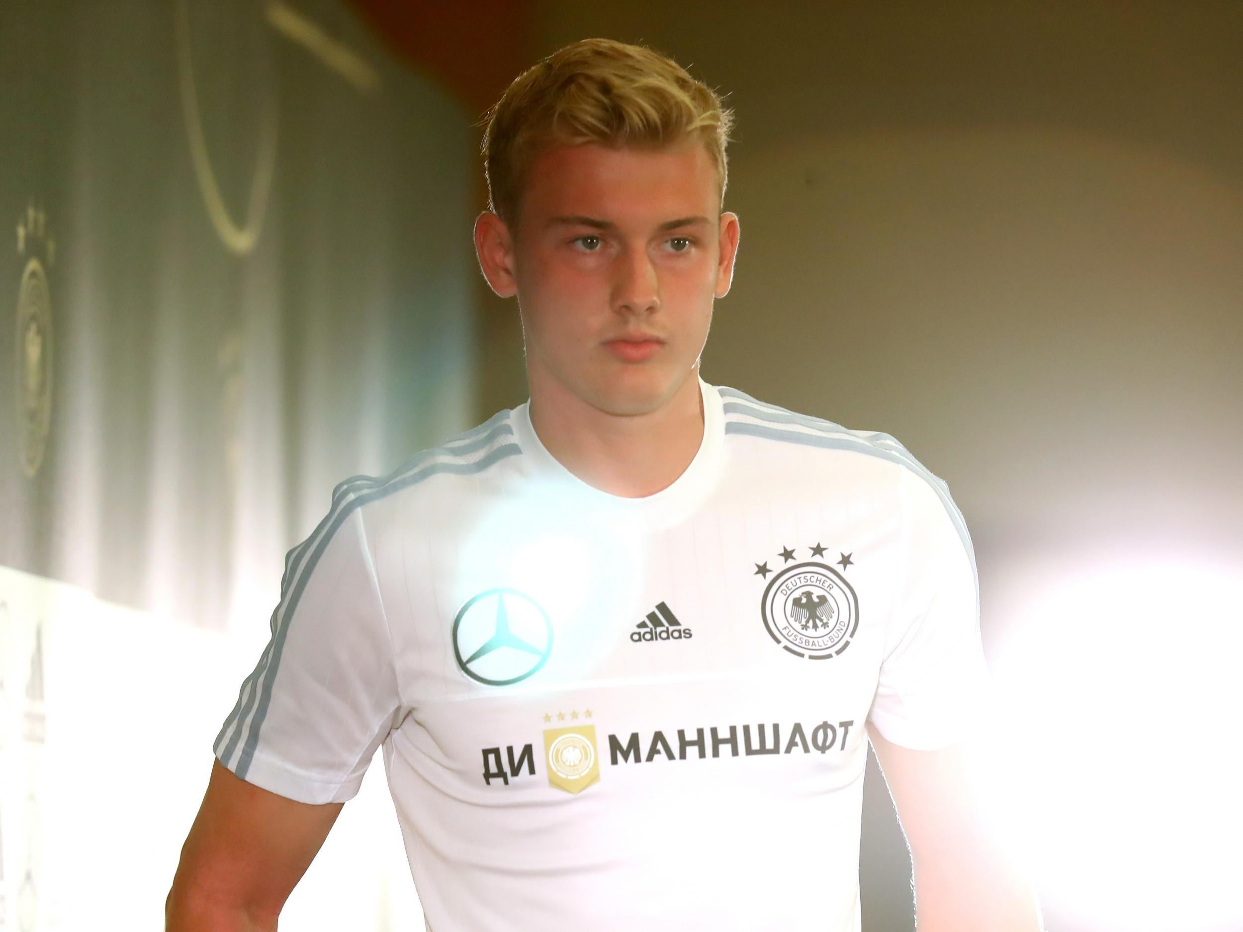 Julian Brandt Rules Out Liverpool Move This Summer But