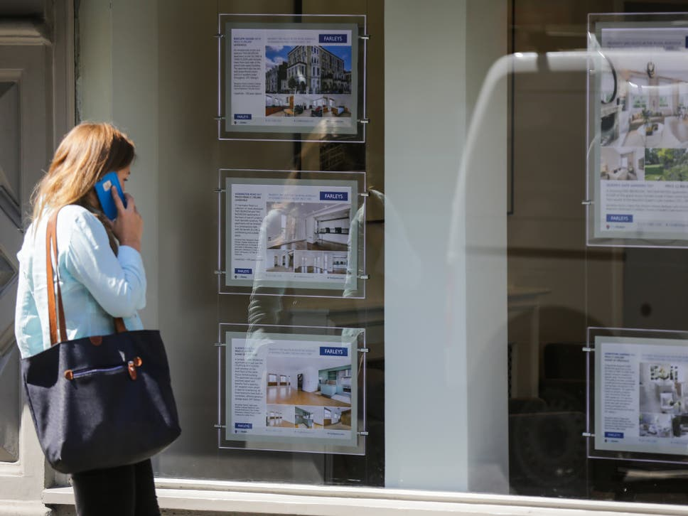 Lenders inflict arrangement fees of up to