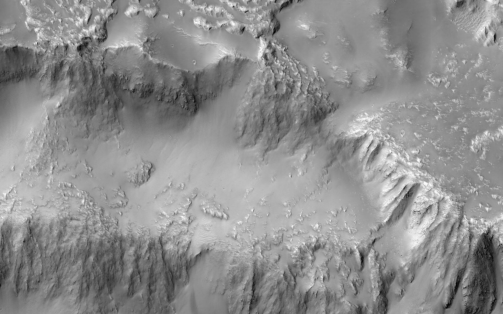 Nasa releases image of 'Niagara Falls of lava' on Mars
