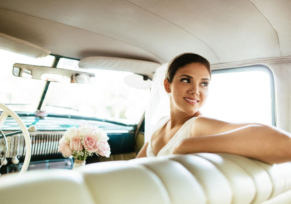 8 Best Wedding Dresses Under 500 The Independent