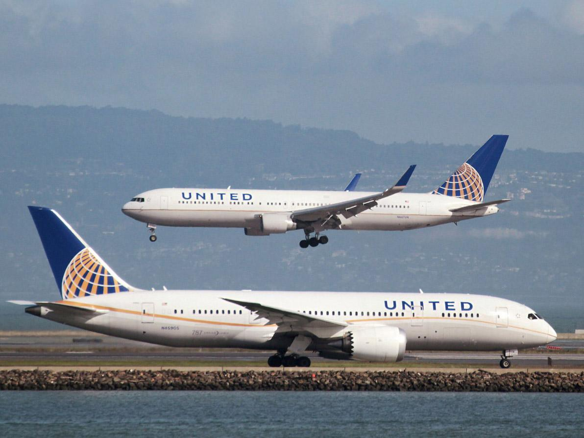 United becomes first US airline to offer non-binary gender options when booking flights