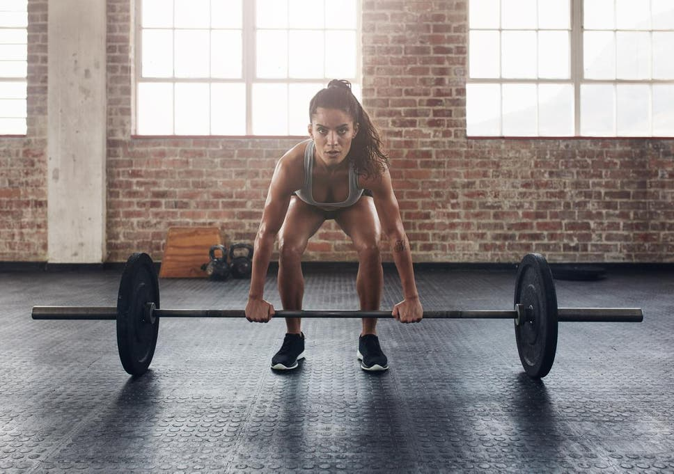 6 reasons why women should lift weights  9839850e8e
