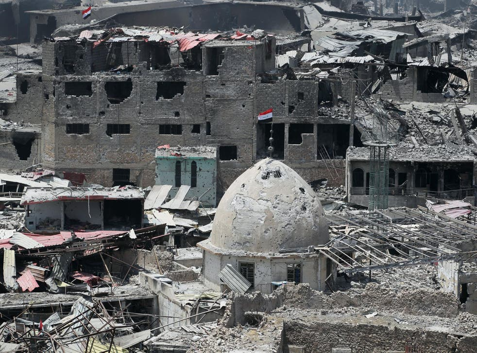 Isis militants and Iraqi troops have fought from house to house for every meter in the old city
