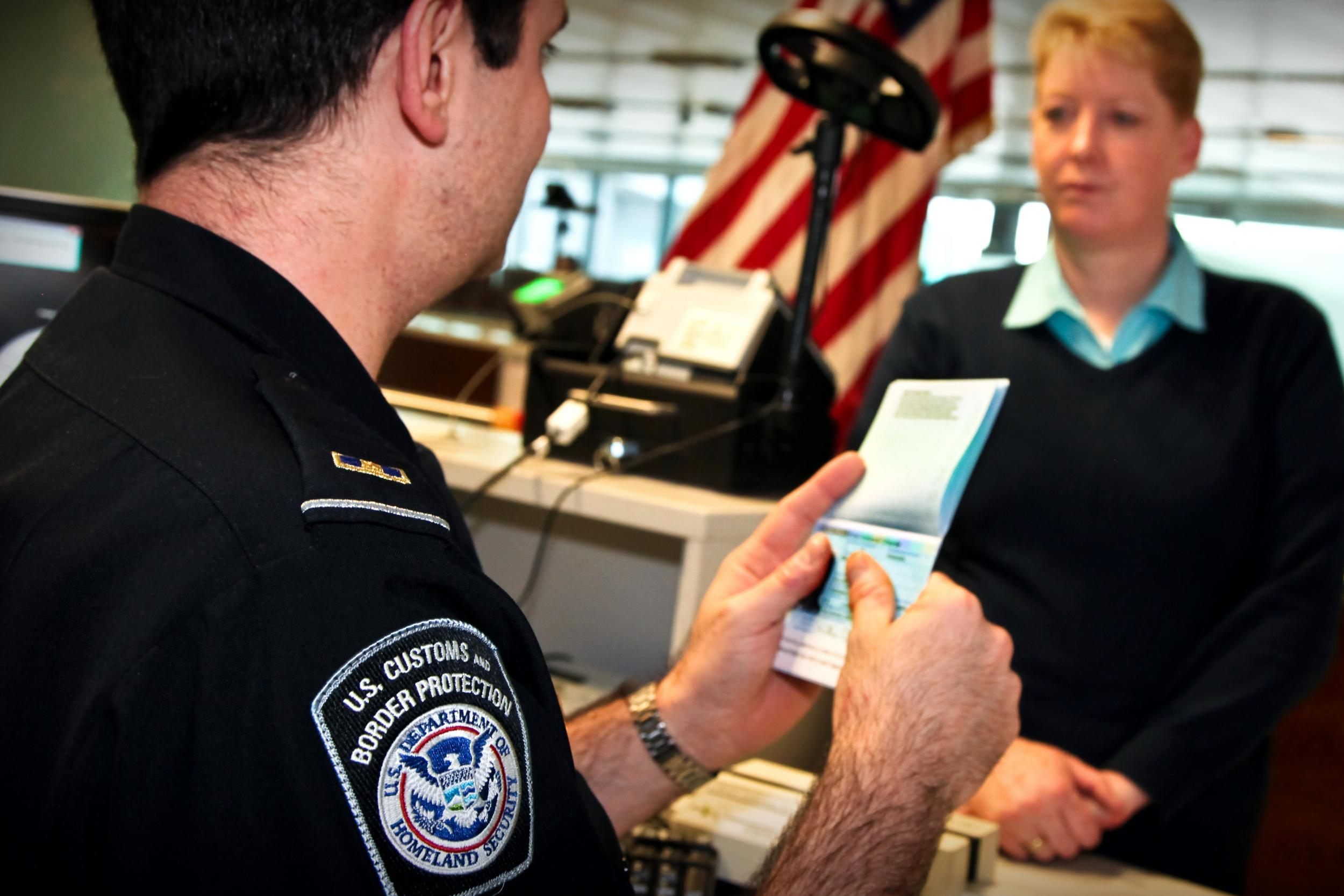 Us Immigration Officers Could Be Stationed At Uk Airports