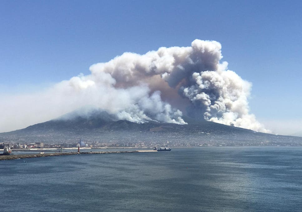 Don T Let The Mount Vesuvius Fire Put You Off Visiting