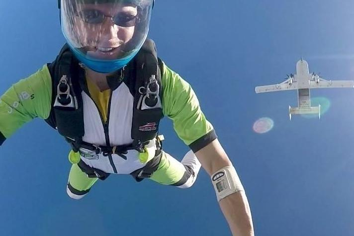 dating skydivers dating after age 40