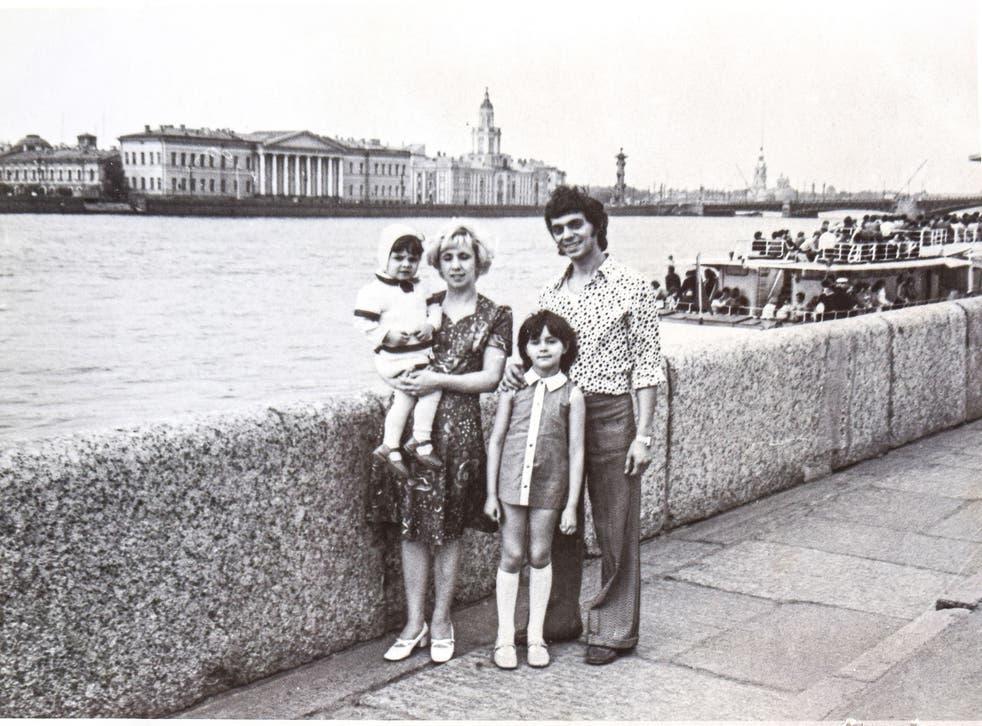 A happy Soviet family in the 1970s