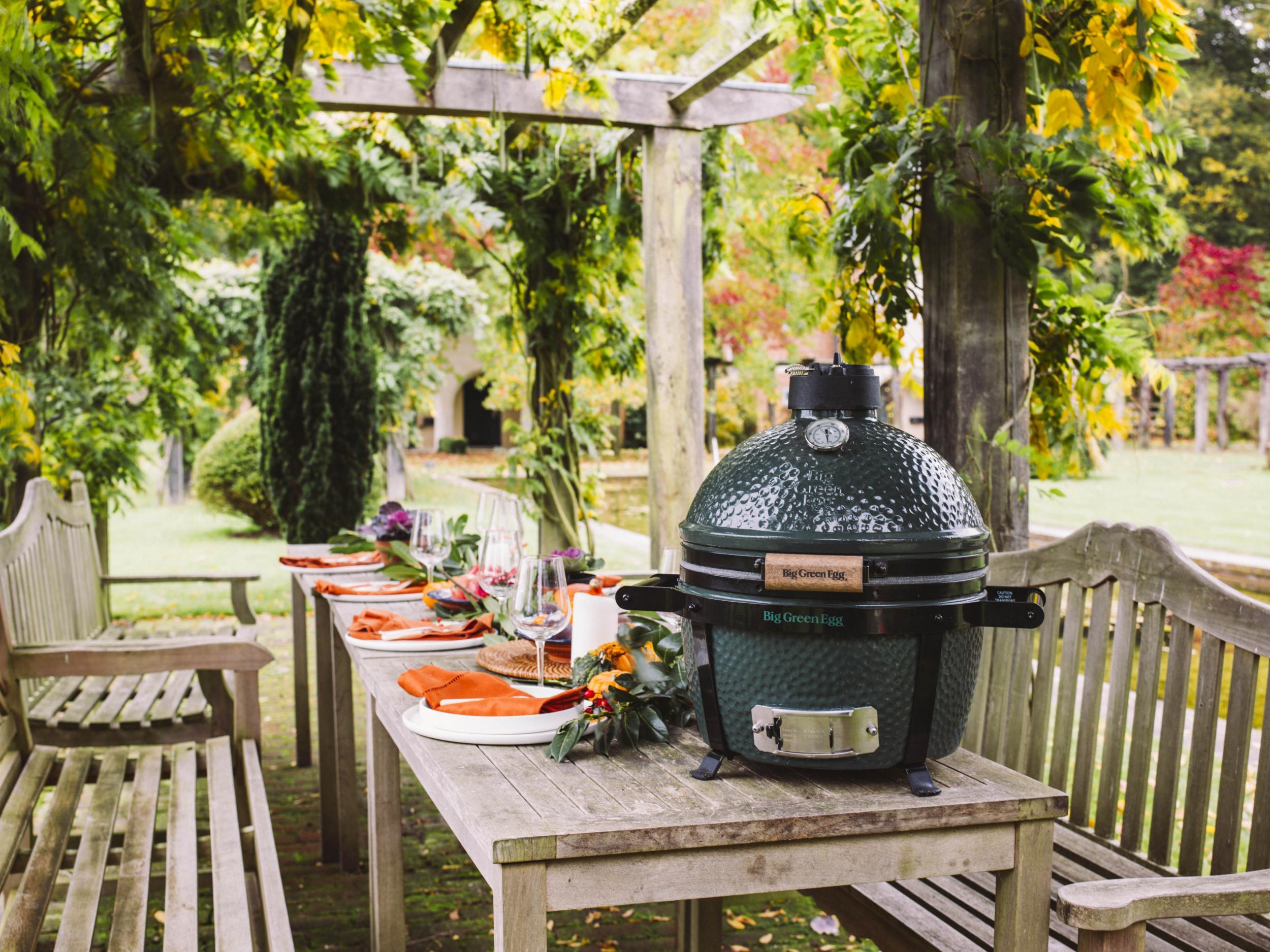 Counter culture: Why outdoor kitchens should be an option, even in on green egg small kitchen ideas, green egg outdoor furniture, green egg outdoor kitchen plans, green egg table cover, green egg outdoor kitchen grill,