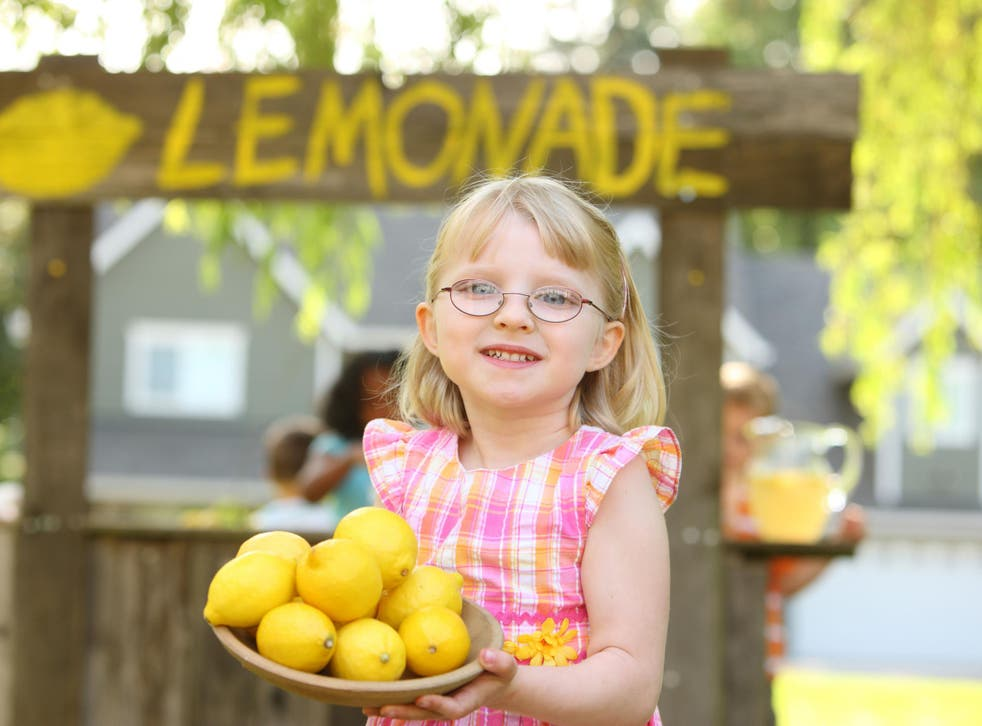 The young girl received a fine because she set up a lemonade stall without a trading permit
