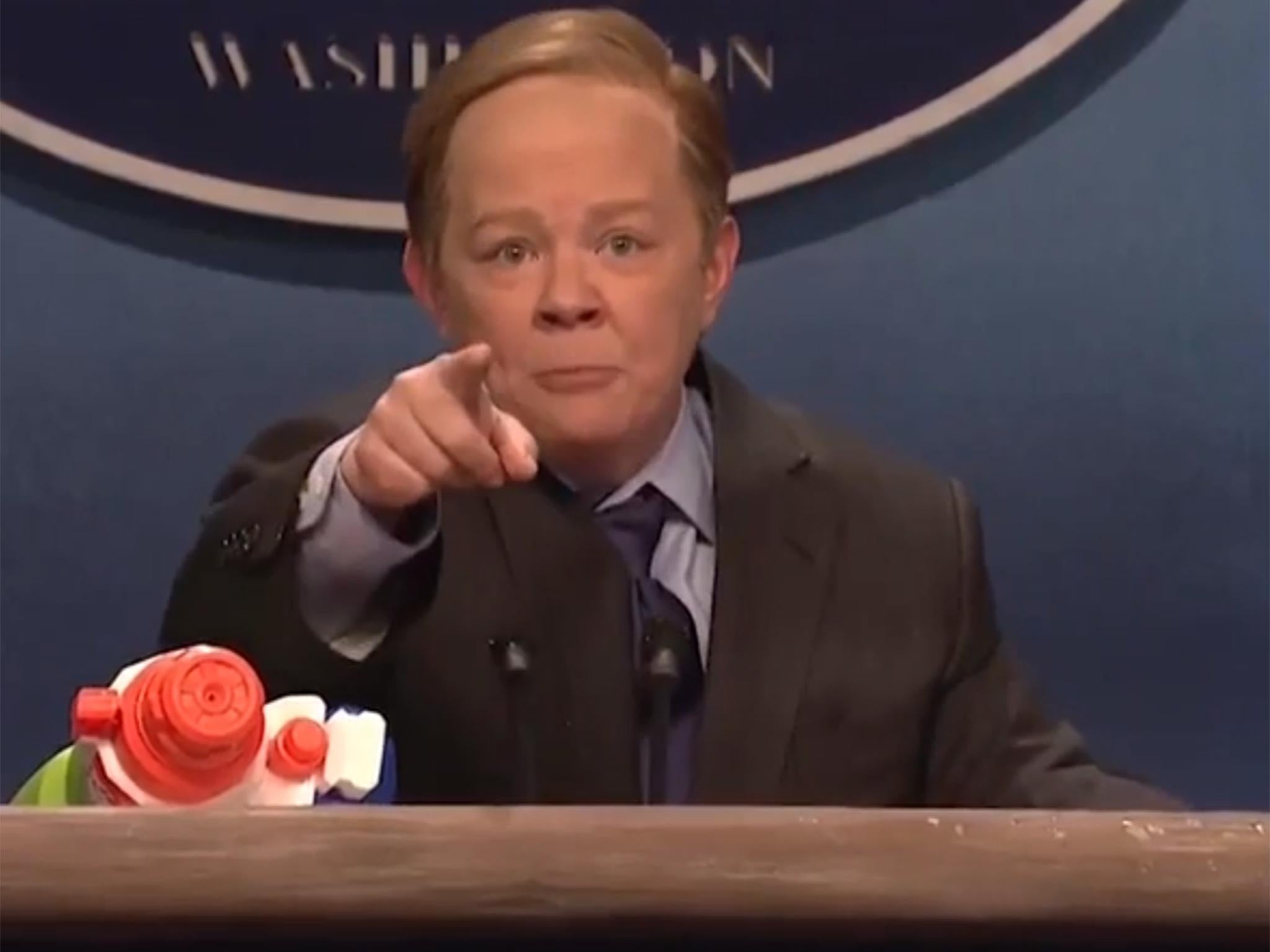 Saturday Night Live honours Sean Spicer in hilarious Melissa McCarthy