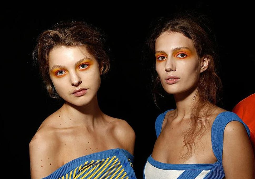 Why Sunset Inspired Eye Shadow Is The Hottest Summer Makeup Trend