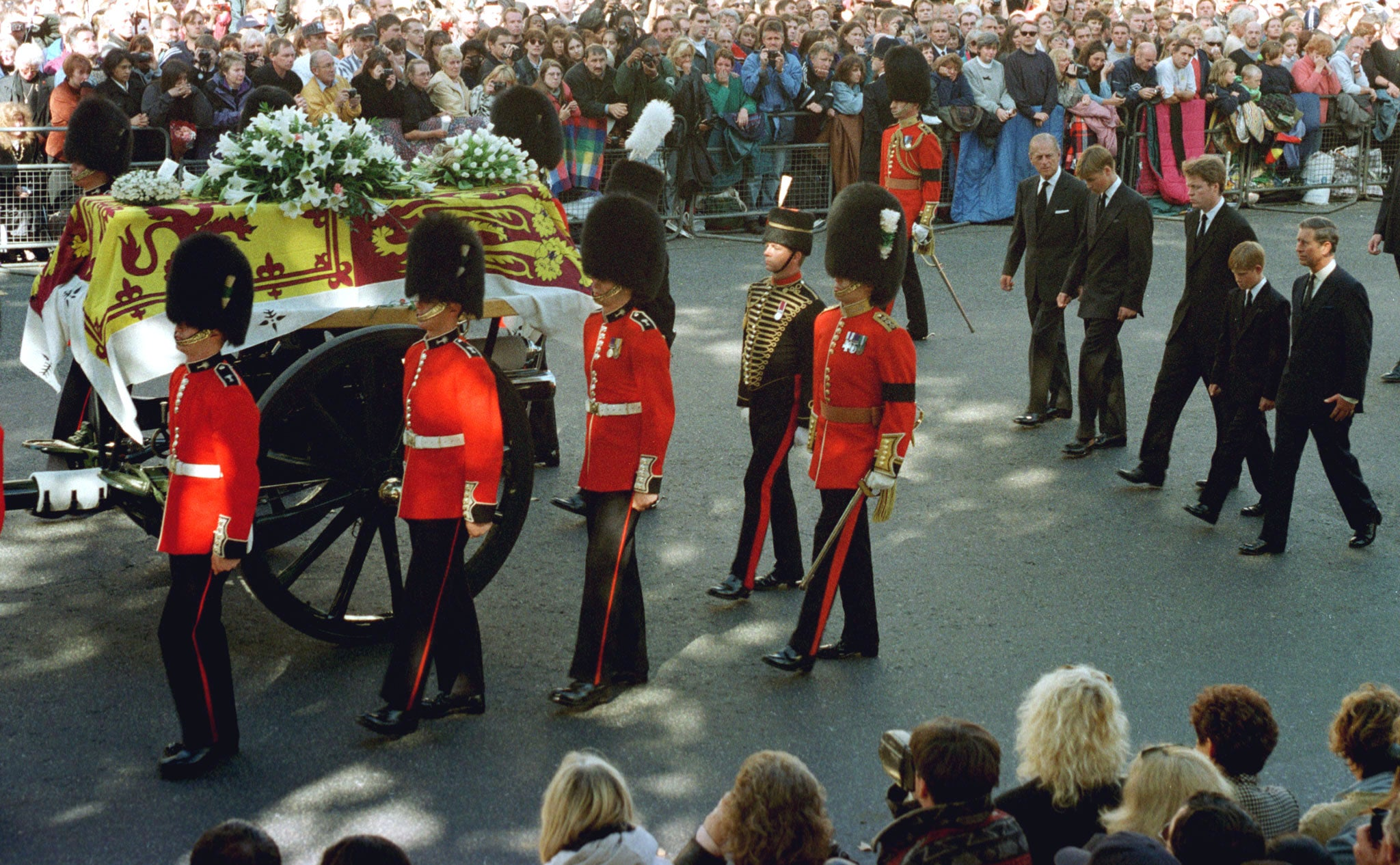 Princess Diana Gravesite Earl Spencer Lied To About William And Harry Walking